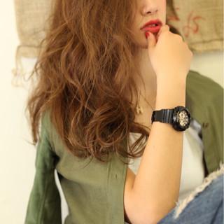 大人かわいい ベージュ 外国人風 ラフ ヘアスタイルや髪型の写真・画像
