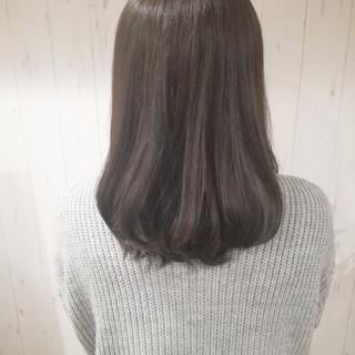 透明感 ミルクティーベージュ ベージュ 艶髪 ヘアスタイルや髪型の写真・画像