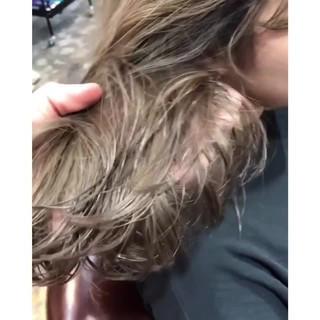 ナチュラル 3Dハイライト ハイライト ハイトーン ヘアスタイルや髪型の写真・画像