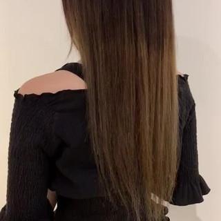 シルバーグレージュ ロング ブリーチ グレージュ ヘアスタイルや髪型の写真・画像