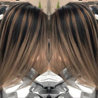 セミロング モード デート バレイヤージュ ヘアスタイルや髪型の写真・画像