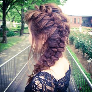 簡単ヘアアレンジ 外国人風 ハイライト ヘアアレンジ ヘアスタイルや髪型の写真・画像 ヘアスタイルや髪型の写真・画像