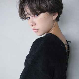 簡単 透明感 ショート 秋 ヘアスタイルや髪型の写真・画像