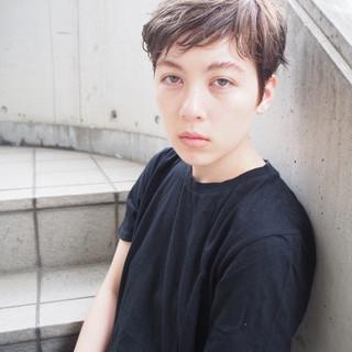 グレージュ 秋 ショート 外国人風 ヘアスタイルや髪型の写真・画像