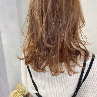 レイヤーカット 抜け感 スウィングレイヤー ナチュラル ヘアスタイルや髪型の写真・画像