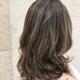 モテ髪 セミロング ナチュラル ハイライト ヘアスタイルや髪型の写真・画像