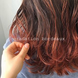 グラデーションカラー 外国人風カラー エレガント レッドブラウン ヘアスタイルや髪型の写真・画像