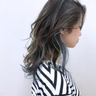 ラベンダーアッシュ ナチュラル 大人かわいい リラックス ヘアスタイルや髪型の写真・画像 ヘアスタイルや髪型の写真・画像