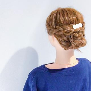 簡単ヘアアレンジ デート セミロング 上品 ヘアスタイルや髪型の写真・画像 ヘアスタイルや髪型の写真・画像
