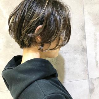 パーマ ショート ナチュラル デジタルパーマ ヘアスタイルや髪型の写真・画像