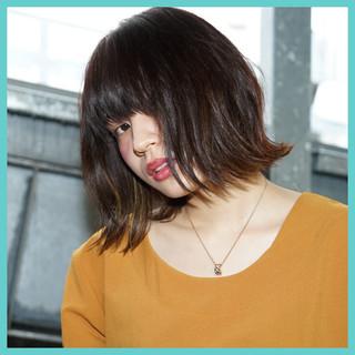 インナーカラー 色気 ナチュラル ゆるふわ ヘアスタイルや髪型の写真・画像
