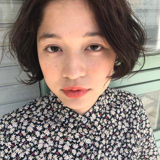 前髪あり ハイライト フェミニン アッシュ ヘアスタイルや髪型の写真・画像