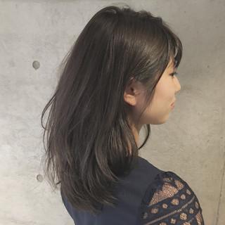 ナチュラル ゆるふわ ミディアム 暗髪 ヘアスタイルや髪型の写真・画像