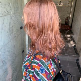外国人風 セミロング ハイトーンカラー 透明感カラー ヘアスタイルや髪型の写真・画像