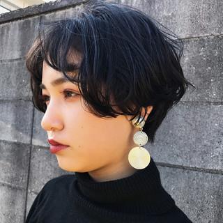 ナチュラル ショート 黒髪ショート パーマ ヘアスタイルや髪型の写真・画像 ヘアスタイルや髪型の写真・画像