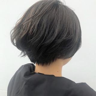 グレージュ ナチュラル 圧倒的透明感 ショートボブ ヘアスタイルや髪型の写真・画像