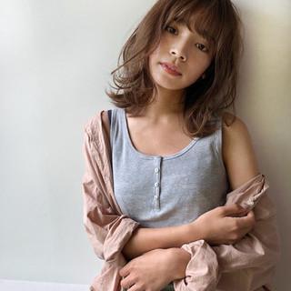 爽やか 大人女子 ミディアム レイヤーカット ヘアスタイルや髪型の写真・画像