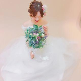 ミディアム ヘアアレンジ 結婚式 ブライダル ヘアスタイルや髪型の写真・画像 ヘアスタイルや髪型の写真・画像
