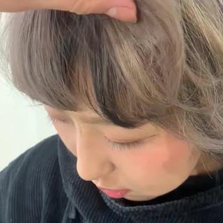 ショート ショートヘア ナチュラル インナーカラー ヘアスタイルや髪型の写真・画像