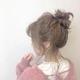 ヘアアレンジ ガーリー ミディアム お団子 ヘアスタイルや髪型の写真・画像
