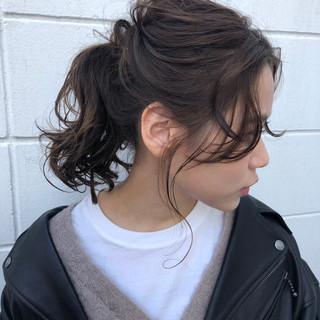 ナチュラル ゆる巻き ヘアアレンジ ポニーテール ヘアスタイルや髪型の写真・画像 ヘアスタイルや髪型の写真・画像