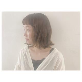 ウェーブ オフィス リラックス ナチュラル ヘアスタイルや髪型の写真・画像