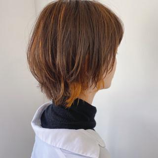 ウルフカット ショート インナーカラー ナチュラル ヘアスタイルや髪型の写真・画像
