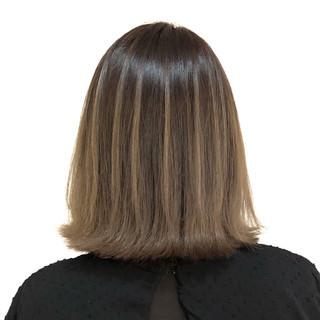 バレイヤージュ ミディアム ハイライト 外国人風カラー ヘアスタイルや髪型の写真・画像