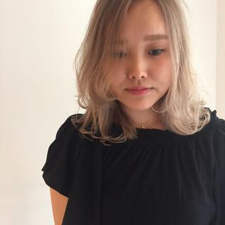 金髪 外国人風カラー ハイトーン ウェットヘア ヘアスタイルや髪型の写真・画像