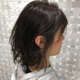 デート 透明感カラー 外ハネボブ ナチュラル ヘアスタイルや髪型の写真・画像