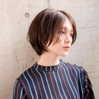 ボブ 大人女子 センターパート ショート ヘアスタイルや髪型の写真・画像