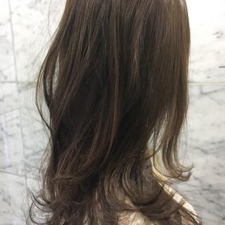 涼しげ マット ナチュラル セミロング ヘアスタイルや髪型の写真・画像