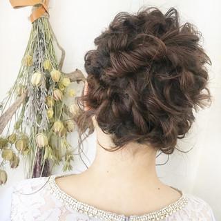 ガーリー アンニュイほつれヘア ヘアアレンジ 外ハネボブ ヘアスタイルや髪型の写真・画像