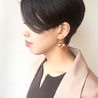 モード ショート 黒髪 ハンサムショート ヘアスタイルや髪型の写真・画像