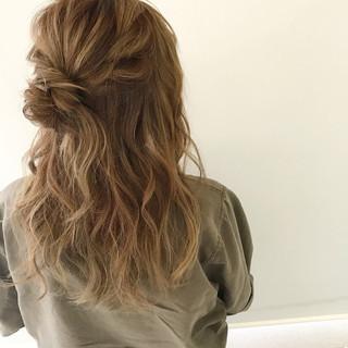 簡単ヘアアレンジ 結婚式 ヘアアレンジ アンニュイ ヘアスタイルや髪型の写真・画像