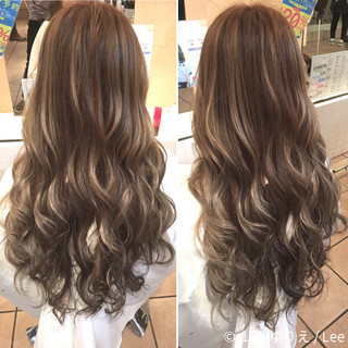 グラデーションカラー 外国人風 アッシュ ロング ヘアスタイルや髪型の写真・画像