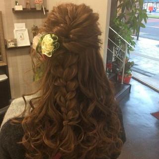 ロング ヘアアレンジ ナチュラル ハーフアップ ヘアスタイルや髪型の写真・画像