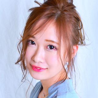 インナーカラー セミロング 簡単ヘアアレンジ ヘアアレンジ ヘアスタイルや髪型の写真・画像