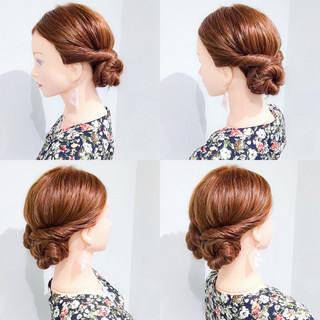 ロング アウトドア 簡単ヘアアレンジ 上品 ヘアスタイルや髪型の写真・画像