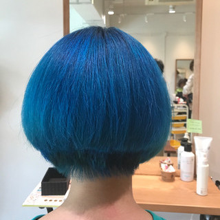 モード ダブルカラー ボブ ブルー ヘアスタイルや髪型の写真・画像