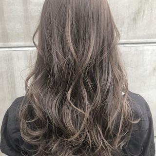 フェミニン セミロング 前髪あり ブリーチなし ヘアスタイルや髪型の写真・画像 ヘアスタイルや髪型の写真・画像