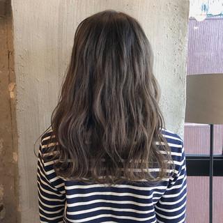 デート ヘアアレンジ 透明感 ナチュラル ヘアスタイルや髪型の写真・画像