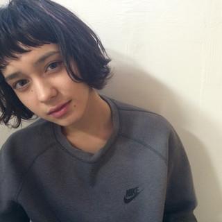 暗髪 外国人風 ストリート パーマ ヘアスタイルや髪型の写真・画像