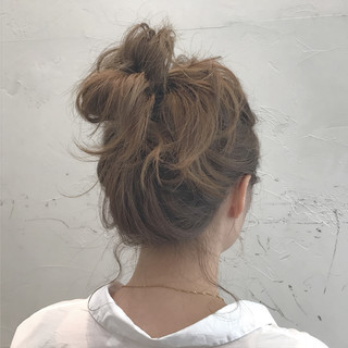 夏 簡単ヘアアレンジ ミディアム リラックス ヘアスタイルや髪型の写真・画像