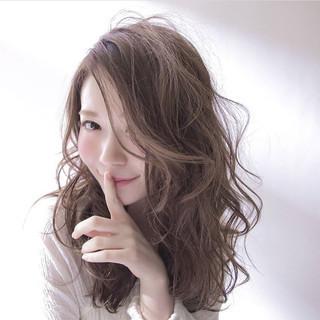 大人かわいい 透明感 フェミニン セミロング ヘアスタイルや髪型の写真・画像