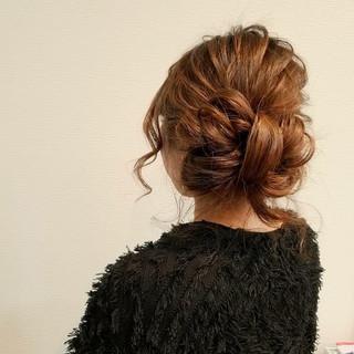 アップスタイル ヘアアレンジ ミディアム ガーリー ヘアスタイルや髪型の写真・画像