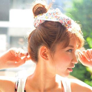 ルーズ セミロング ヘアアレンジ ゆるふわ ヘアスタイルや髪型の写真・画像