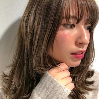 フェミニン 大人ミディアム 可愛い ミディアムヘアー ヘアスタイルや髪型の写真・画像