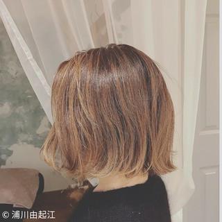 グラデーションカラー アンニュイほつれヘア モード ボブ ヘアスタイルや髪型の写真・画像 ヘアスタイルや髪型の写真・画像
