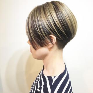 ハイトーン ボブ 透明感 リラックス ヘアスタイルや髪型の写真・画像